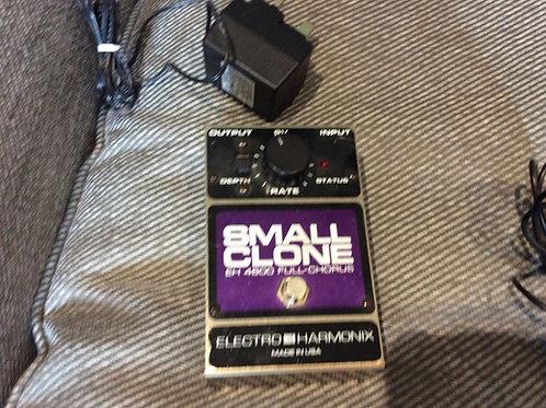 Electro-Harmonix Small Clone Chorus Pedal And Poer supply