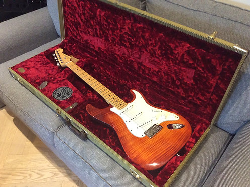Fender Select Stratocaster With Hard Case And All The Candy