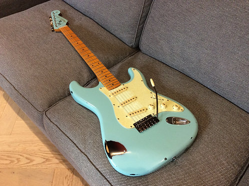 Custom Build Sonic Blue Relic Strat