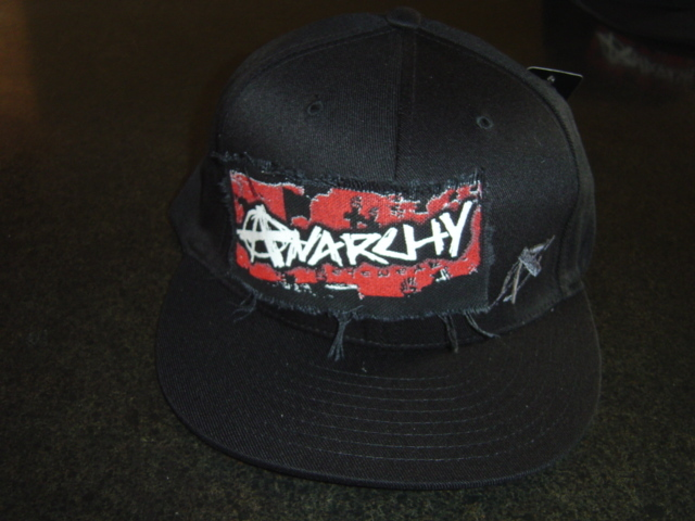 DISTRESSED TORN PATCH HAT