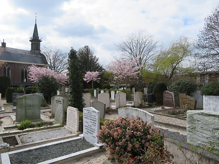 Begraafplaats 27 maart 2019 006.JPG