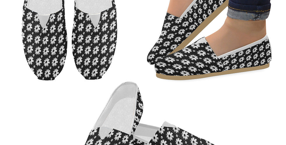 Bunch of Daisies Black and White (small print) - Slip On Canvas Shoes
