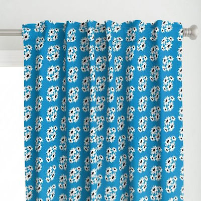 10191864-bunch-daisies-blue-by-poppy_pod