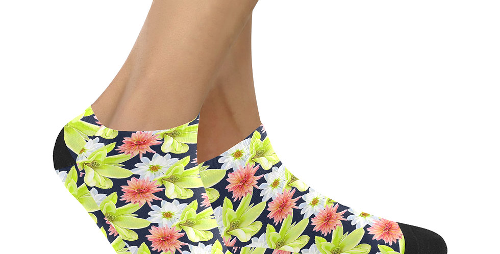Magnolia Butterflies - Ankle Socks