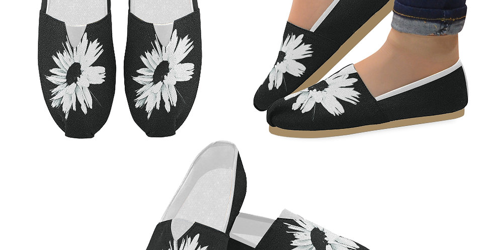 Bunch of Daisies Black and White - Slip On Canvas Shoes
