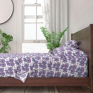 10221434-floral-frenzy-retro-purple-mauv