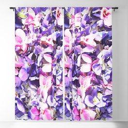 wild-violets2275192-blackout-curtains.jp