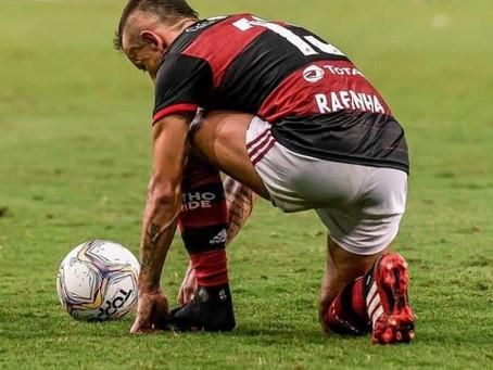 Rafinha aceita salário oferecido pelo Flamengo