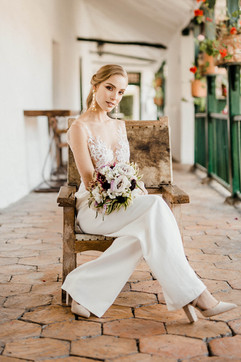vestidos-de-novia-sencillos-modernos-43.