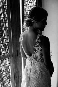 vestidos-de-novia-sencillos-modernos-34.