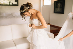vestidos-de-novia-sencillos-modernos-24.
