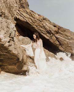 vestidos-de-novia-sencillos-modernos-9.j