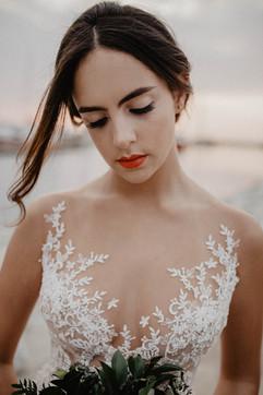 vestidos-de-novia-sencillos-modernos-51.