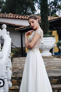 vestidos-de-novia-sencillos-modernos-29.