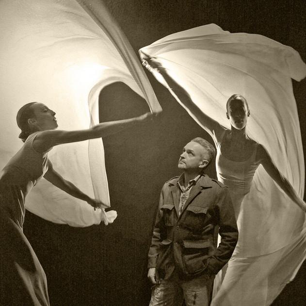 José María Sert with Dancers