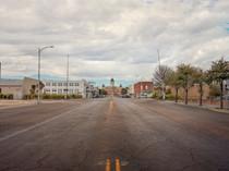 Road to Presidio Court House