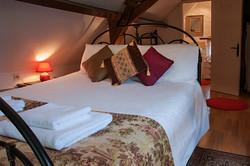 Winestore-Bedroom.jpg