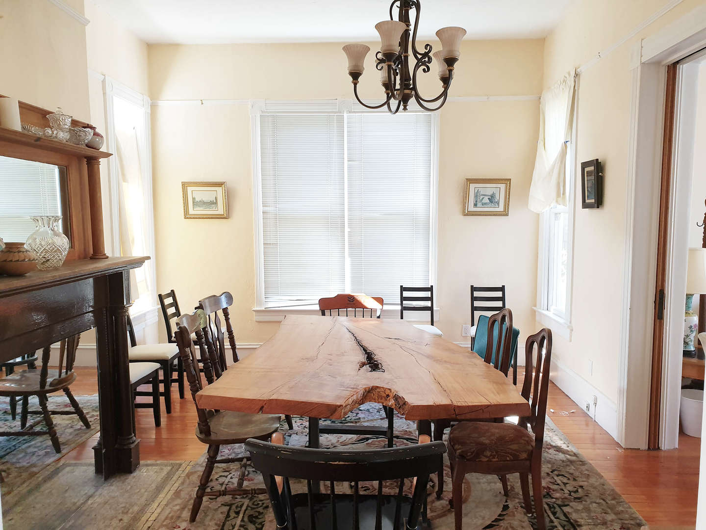 CH_1_Dining Room.png