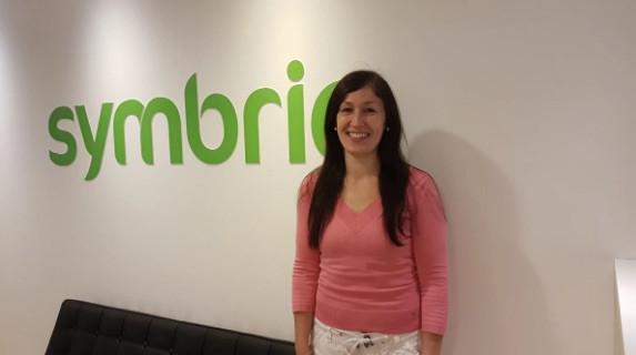 Anna Carreira, applikationsspecialist och finsktalande