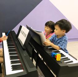 Little Pianist Course