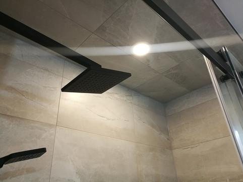 Custom Porcelain Tiled Shower