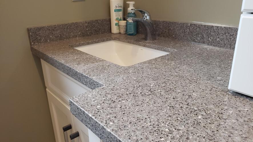 Quartz Bathroom Countertop.jpg
