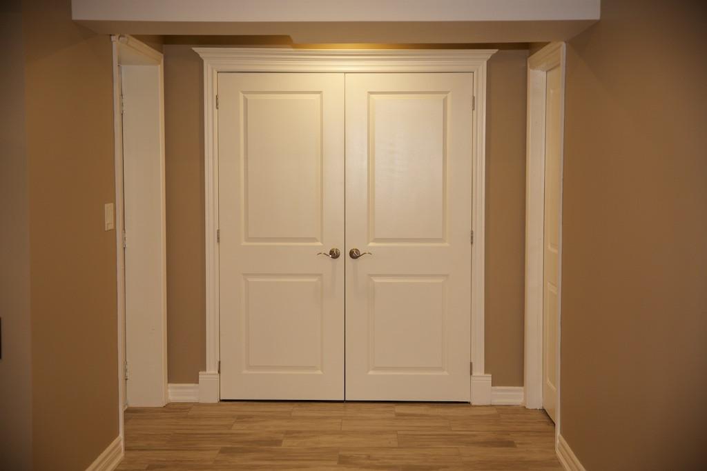 Double Closet Entrance Foyer