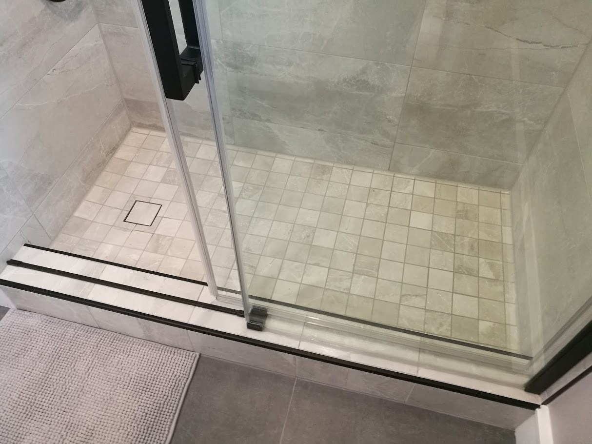 Shower Floor With Tiled Drain Grate