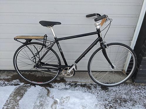 Specialized Globe Daily City Bike Medium