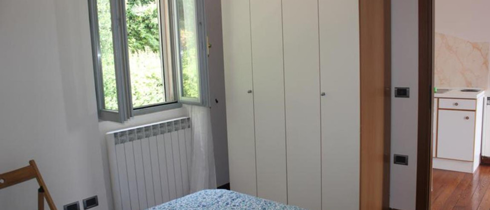 Imolo 10 camera da letto matrimoniale