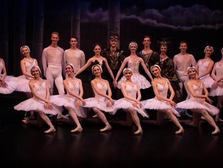 Professional Work Experience for Students Touring the Country in Ballet Classic