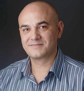 Carlos-Valcárcel-nuovo-direttore-English