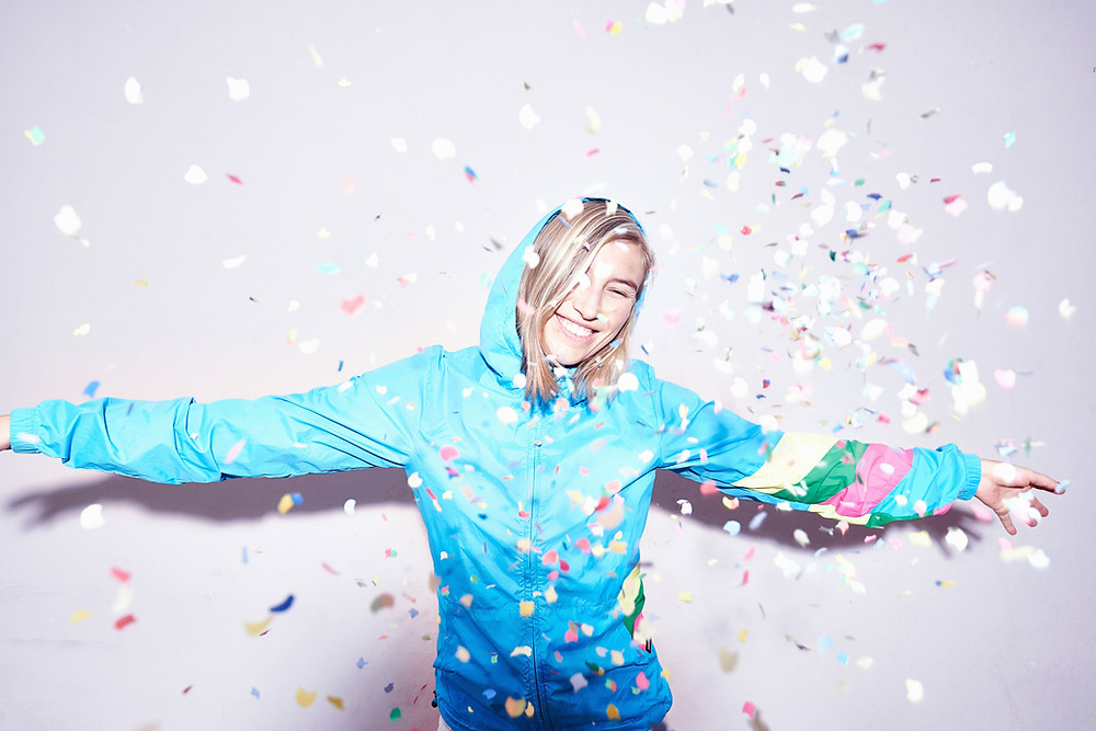 A Woman In Confetti, How to have a happy healthy Meta Christmas, The Image Tree Blog