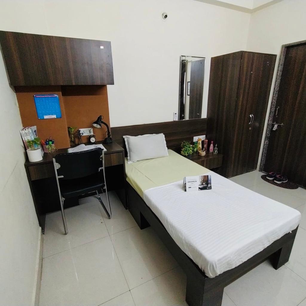Room-7