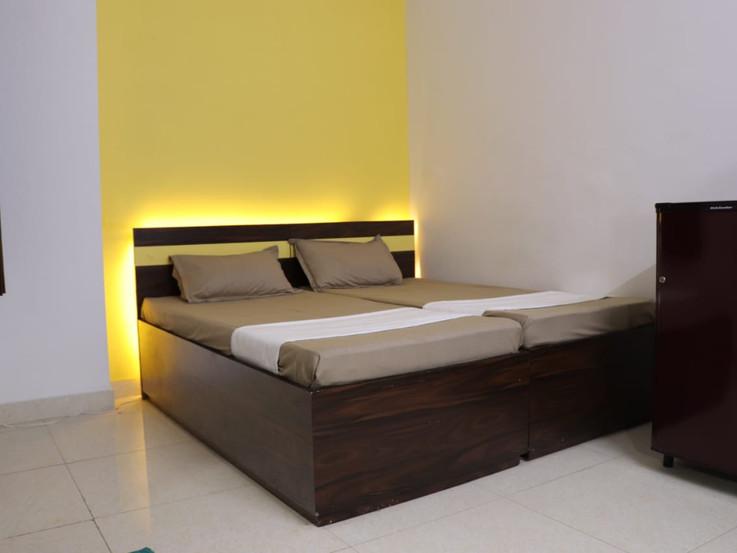 Room(double)-1