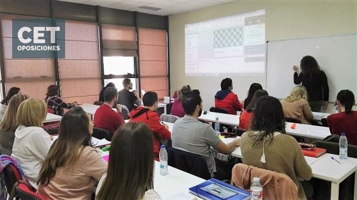 Academias de Oposiciones Correos Madrid SESCAM SAS SERMAS Toledo Castilla-La Mancha Auxiliar Adminsitrativo