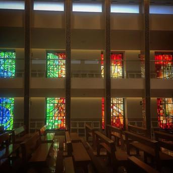 7_ventanales_de_6_metros_por_1,50_metros