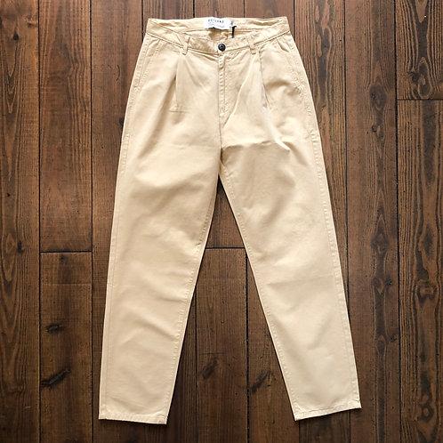 Pleats beige pants