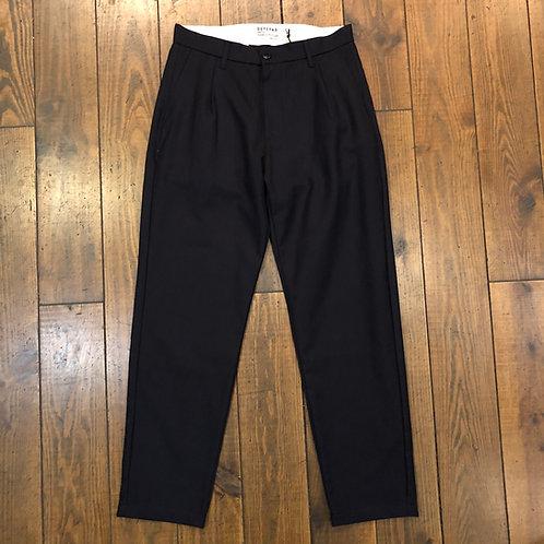 Pleats wool navy trousers