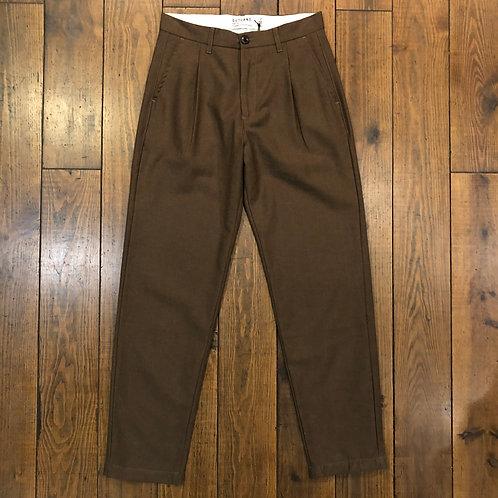 Pleats wool brown trousers