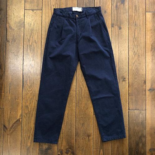 Pleats navy trousers
