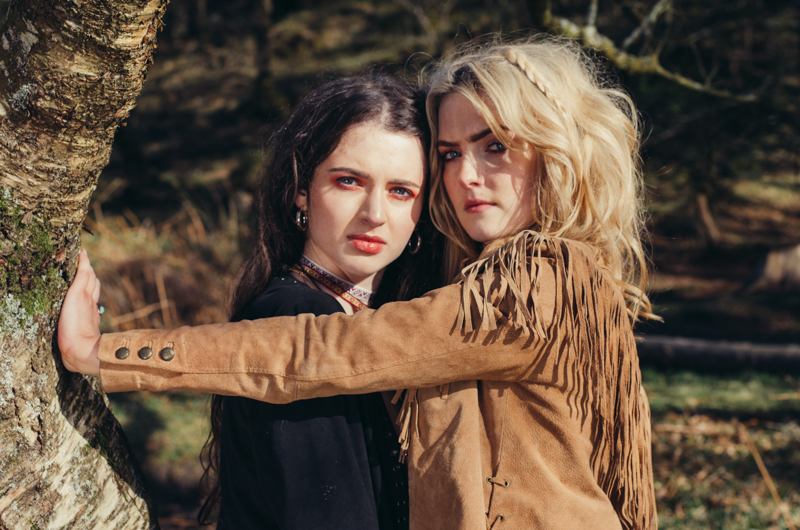 'Crimson and Clover' by Anna Kerslake Photography-2