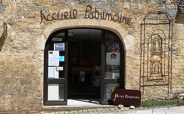 Point Info Accueil Patrimoine à Saint Amand de Coly