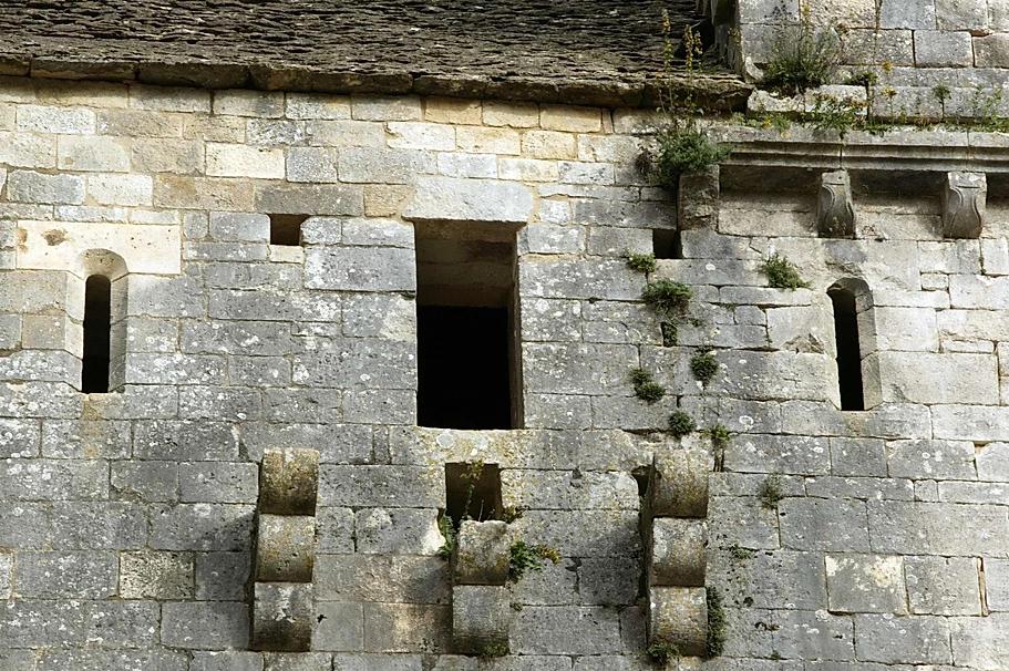Corbeaux de pierre