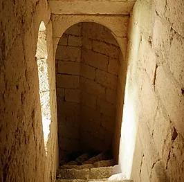L'escalier montant aux combles