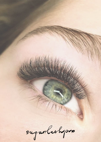 10 THINGS YOUR LASH STYLIST WANT YOU TO KNOW
