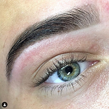 2 Lashes and brows by Zonna de pijper wi