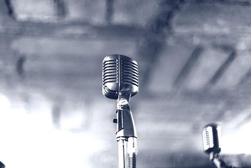 Lone%20Microphone_edited.jpg