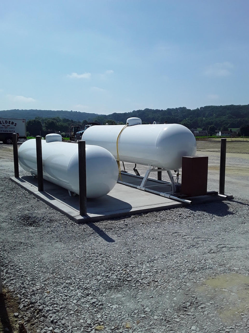 commercial 500 gallon propane tanks at business