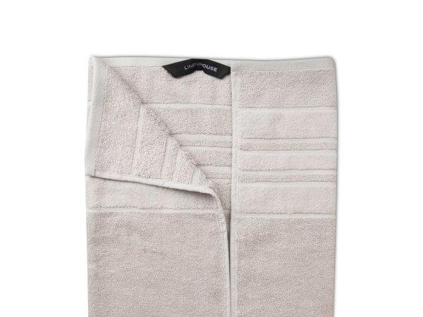 Selene Towel